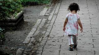 bimba bambina sola abbandonata