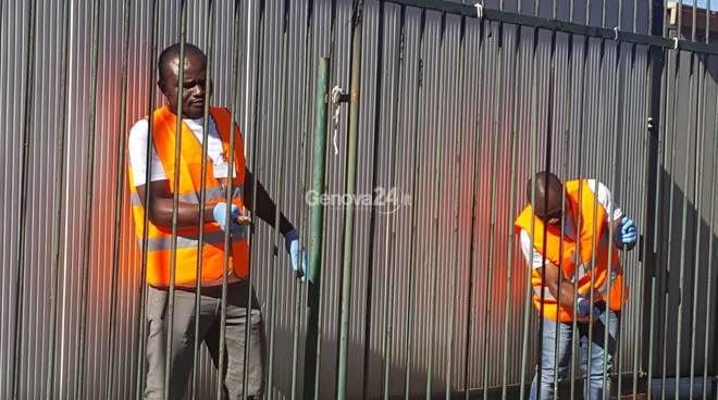migranti al lavoro piazzale kennedy