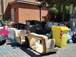 rifiuti ingombranti spazzatura lavagna