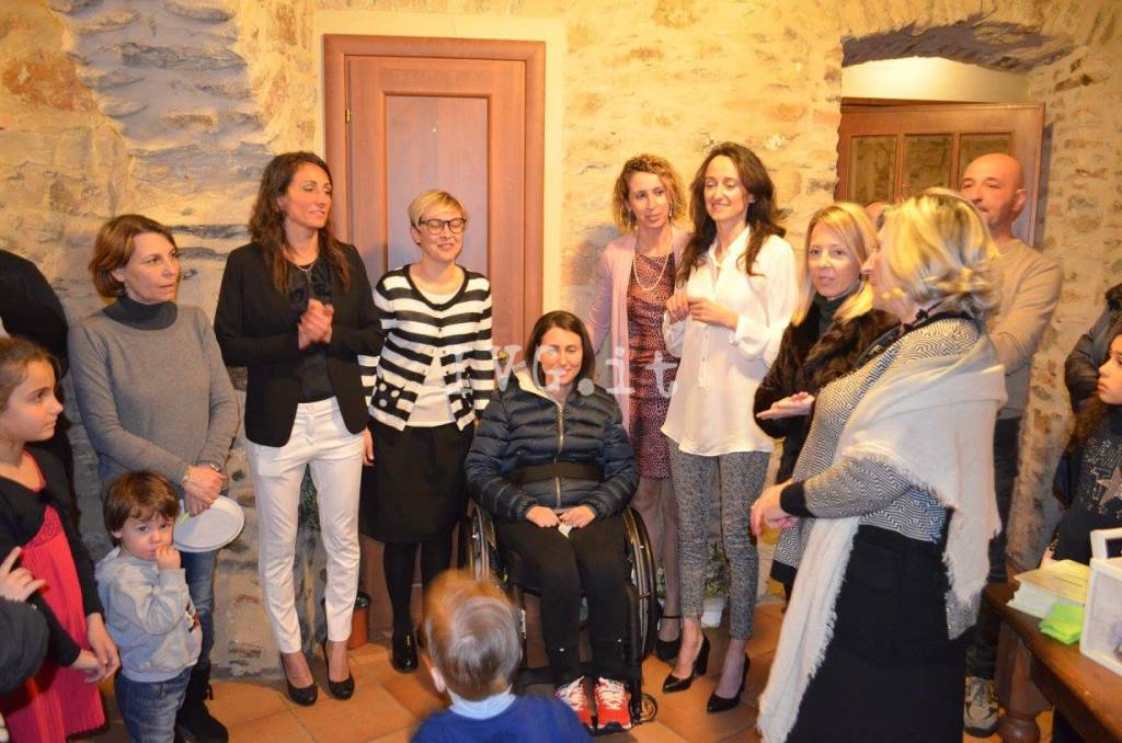Carmela De Fezza Associazione Mani