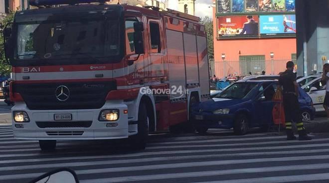 autopompa incidente via cavour