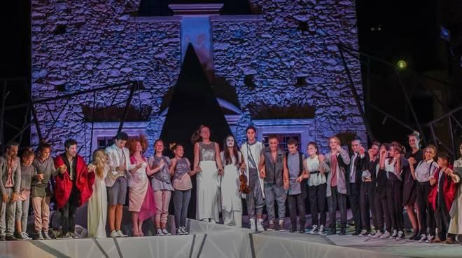 Il Barone Rampante presenta i corsi e la scuola di teatro 2016/17