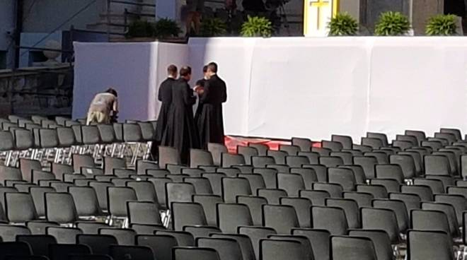 Il vescovo Borghetti partecipa al congresso eucaristico nazionale di Genova