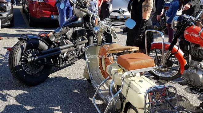 Distinti Gentiluomini: oltre 200 moto a Genova