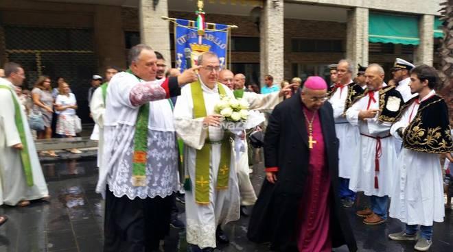 Don Stefano Curotto, con il vescovo Tanasini