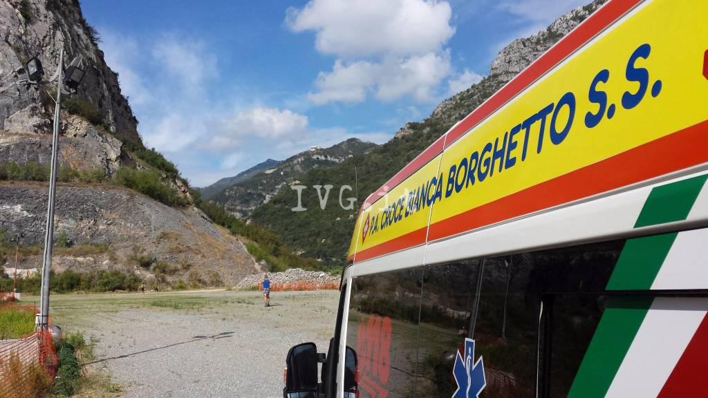 Escursionista ferito soccorso a Toirano