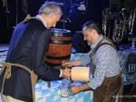 L'apertura del primo fusto di birra all'Oktoberfest
