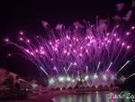 Recco si accende : duemila persone a testa in su per la magia dei fuochi