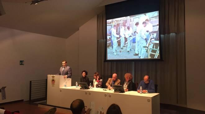 """Al Priamar il convegno di """"Giovani per la scienza"""" sull'evoluzione dei segni"""