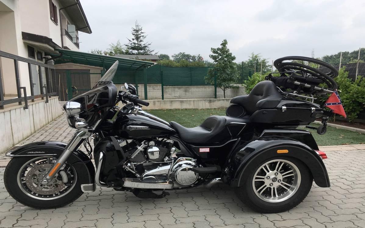 Harleysta aggredito Varazze