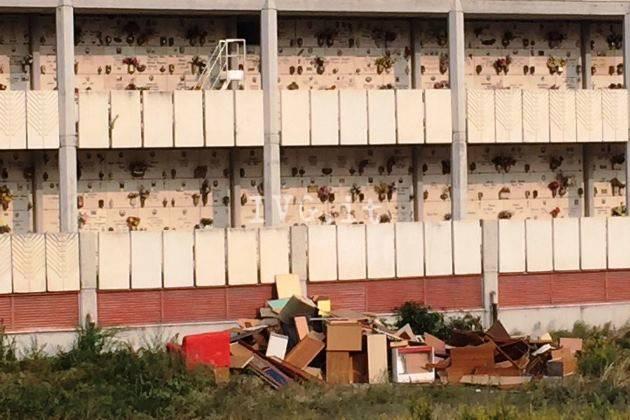 discarica cimitero zinola