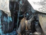 Due auto a fuoco in via Michelangelo ad Albenga