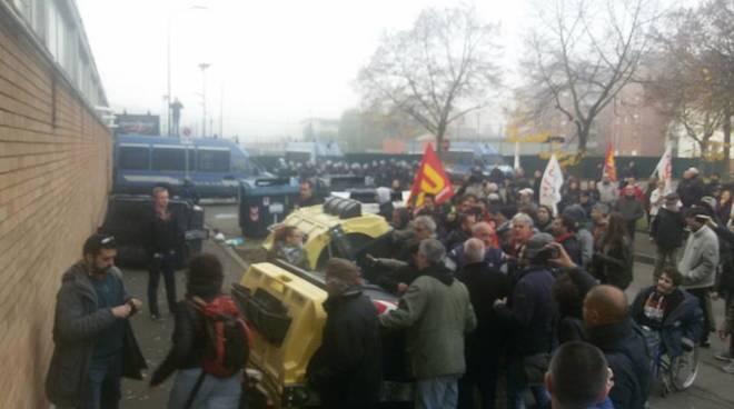 Terzo Valico, la protesta dei No Tav ad Alessandria
