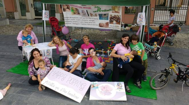 Flash mob allattamento Non parto di testa
