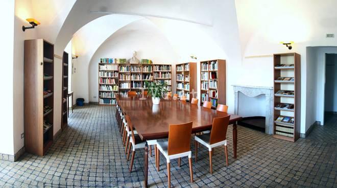 Biblioteca Toirano
