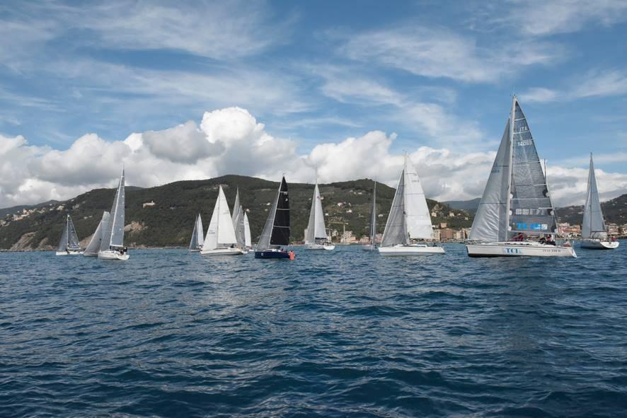 vela yacht club chiavari