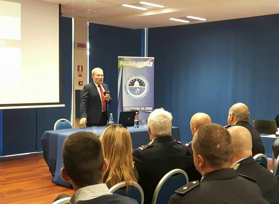 """Alla Marina di Loano il seminario su """"Veicoli e conducenti stranieri"""""""