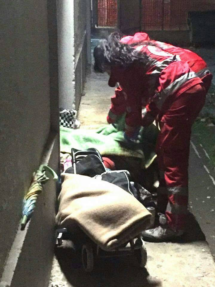croce rossa loano coperte senzatetto