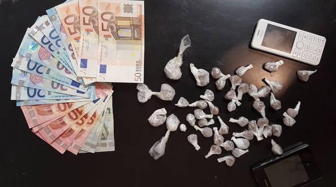 Controlli Carabinieri Albenga Droga