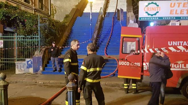 Scalinata Montaldo, incendio in un appartamento: un morto fotogallery