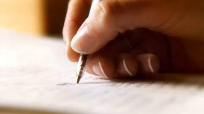 scrivere mano