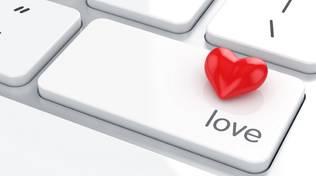 tastiera cuore amore computer generosità