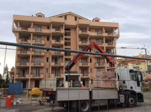 Albenga, operazione congiunta carabinieri e polizia municipale