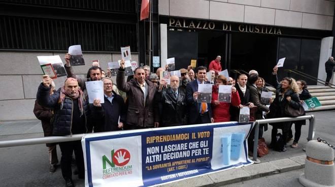 Avvocati genovesi in piazza per il no al referendum