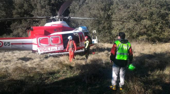 elisoccorso alpino soccorsi bosco biker elicottero