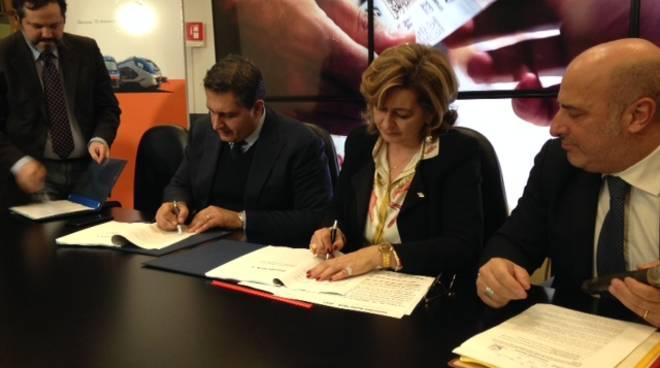 firma del nuovo contratto di servizio tra Regione Liguria e Trenitalia