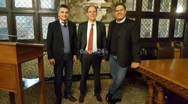 Il nuovo presidente del porto Signorini con Toti e Rixi