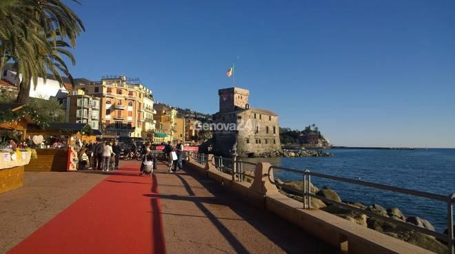 Mercatino di Natale sul lungomare di Rapallo