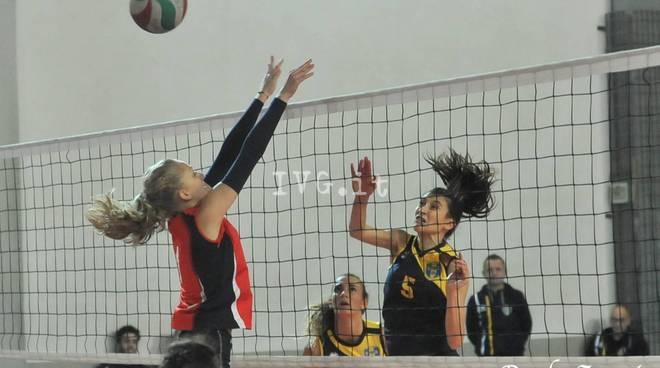 Olympia Voltri Vs A.s.d. Pallavolo Caracare Volley  Serie D Regionale Femminile - Girone A