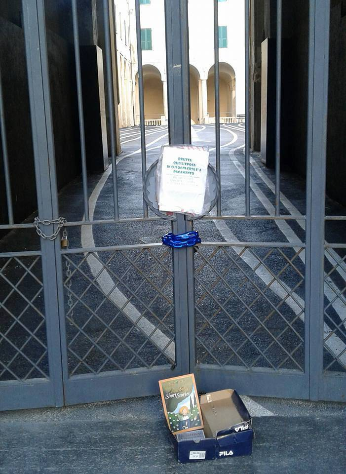 palazzo santa chiara chiuso