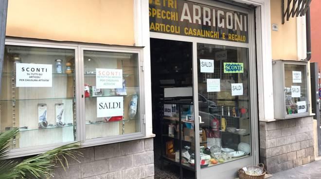 Ad Alassio chiude il negozio di casalinghi Arrigoni