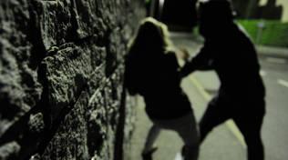 violenza sessuale stupro notte