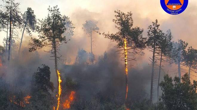 Incendio a Genova