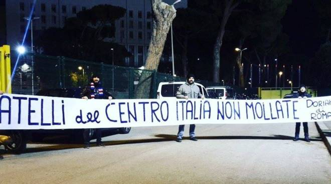 striscione sampdoria sequestrato