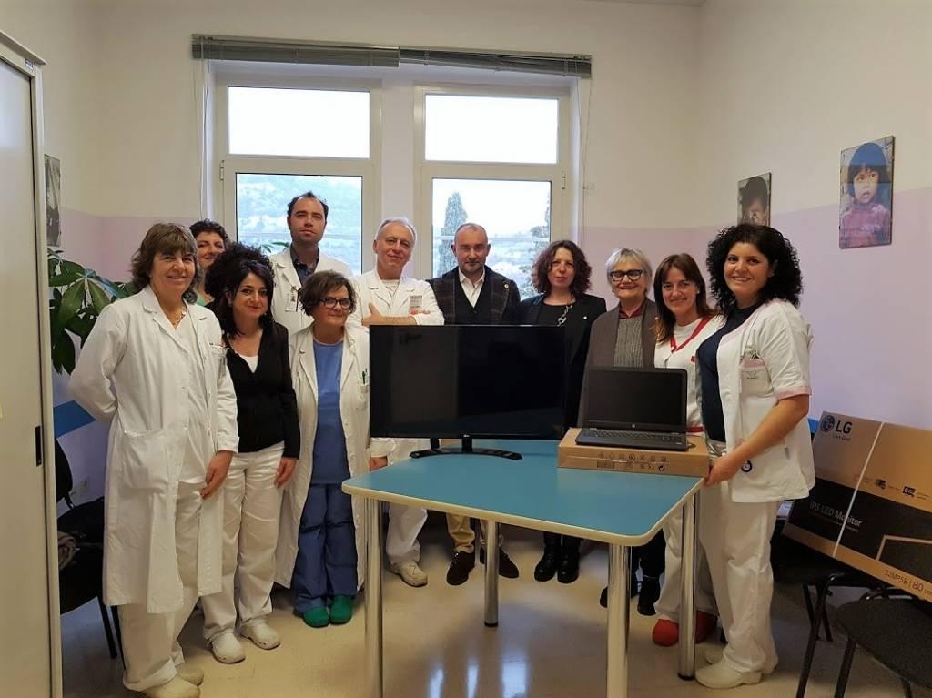 Lions Club Loano Donazione Pc Monitor Ostetricia