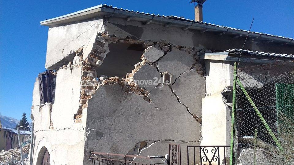 Viaggio nei paesi dimenticati del terremoto