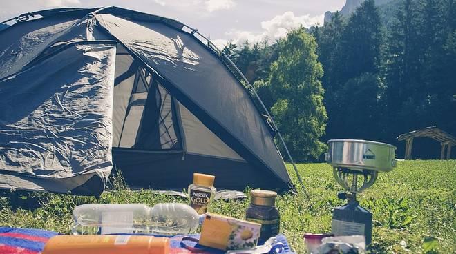 Campeggio, tenda
