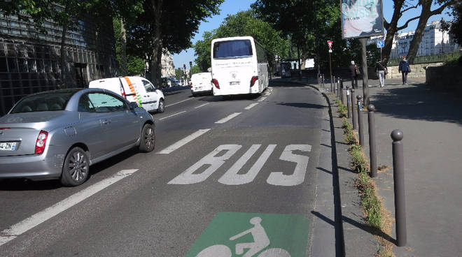 corsia bus
