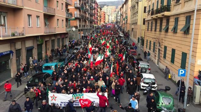 Genova antifascista in piazza contro il raduno delle destre razziste