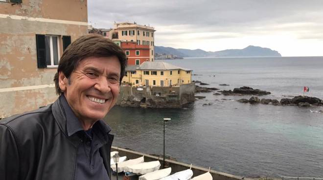 Gianni Morandi a Boccadasse