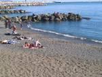 pegli spiaggia primavera