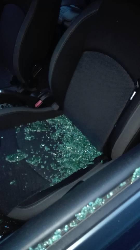 raid vandalico auto danneggiate