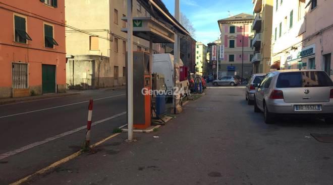Genova, ragazzina accoltellata in strada: ricoverata in gravi condizioni
