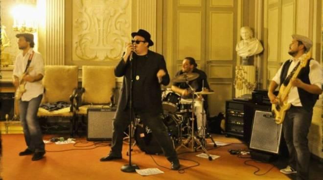 Blues all\'Alzati Lazzaro con Snake Oil Ltd e Ragtime Rumours