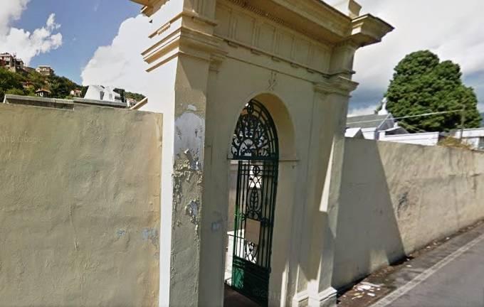 cimitero pietra