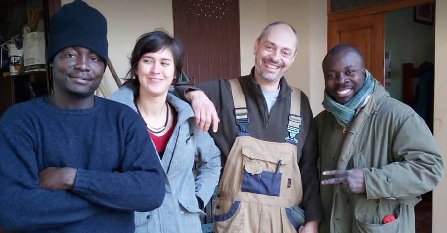 L 39 accoglienza dei migranti a casa dei genovesi gi in 12 for Ospitare a casa